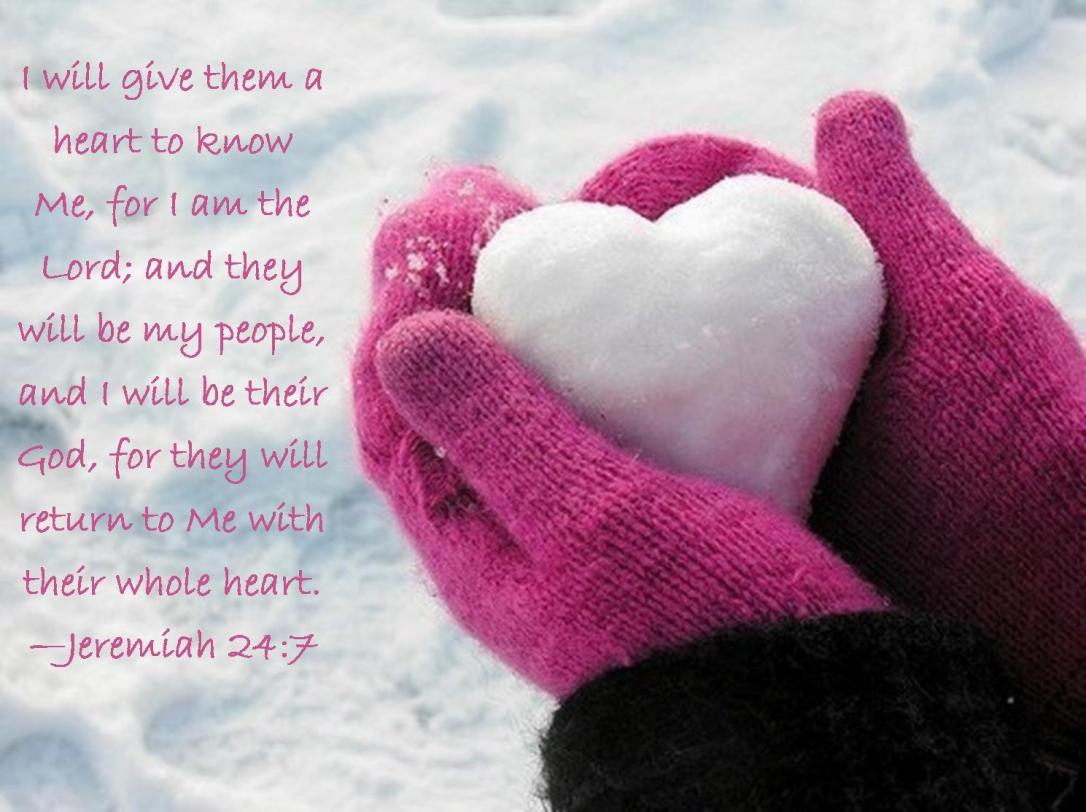 snow heart pink mittens